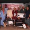 جمعية روح المواطنة بأزرو تكرّم رجال النظافة بالحي.