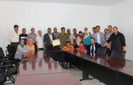رئيس المجلس الجماعي لأيت ملول يعقد لقاء تواصليا مع أفراد الجالية المغربية