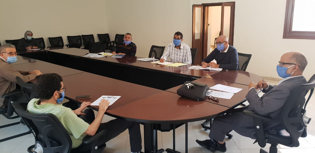 النائب الأول للرئيس يعقد إجتماعاً لتنزيل هيكلة القسم المالي والإقتصادي بالجماعة