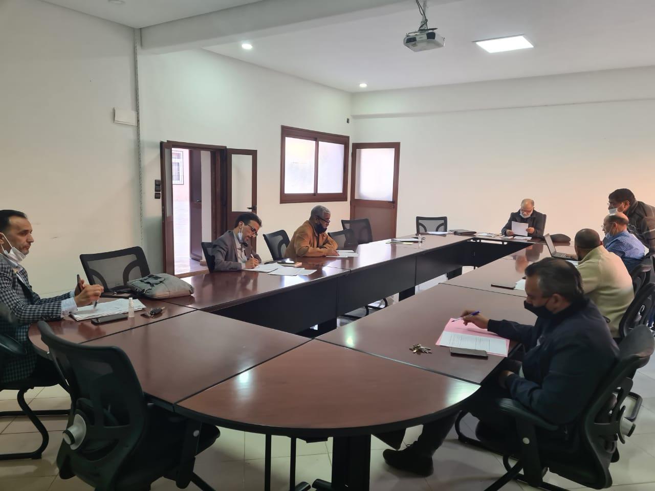 أيت ملول-منظمة الهجرة والتنمية تعقد لقاءا تواصليا مع الجماعة في إطار تتبع برنامج تقييم السياسات العمومية للمنظمة