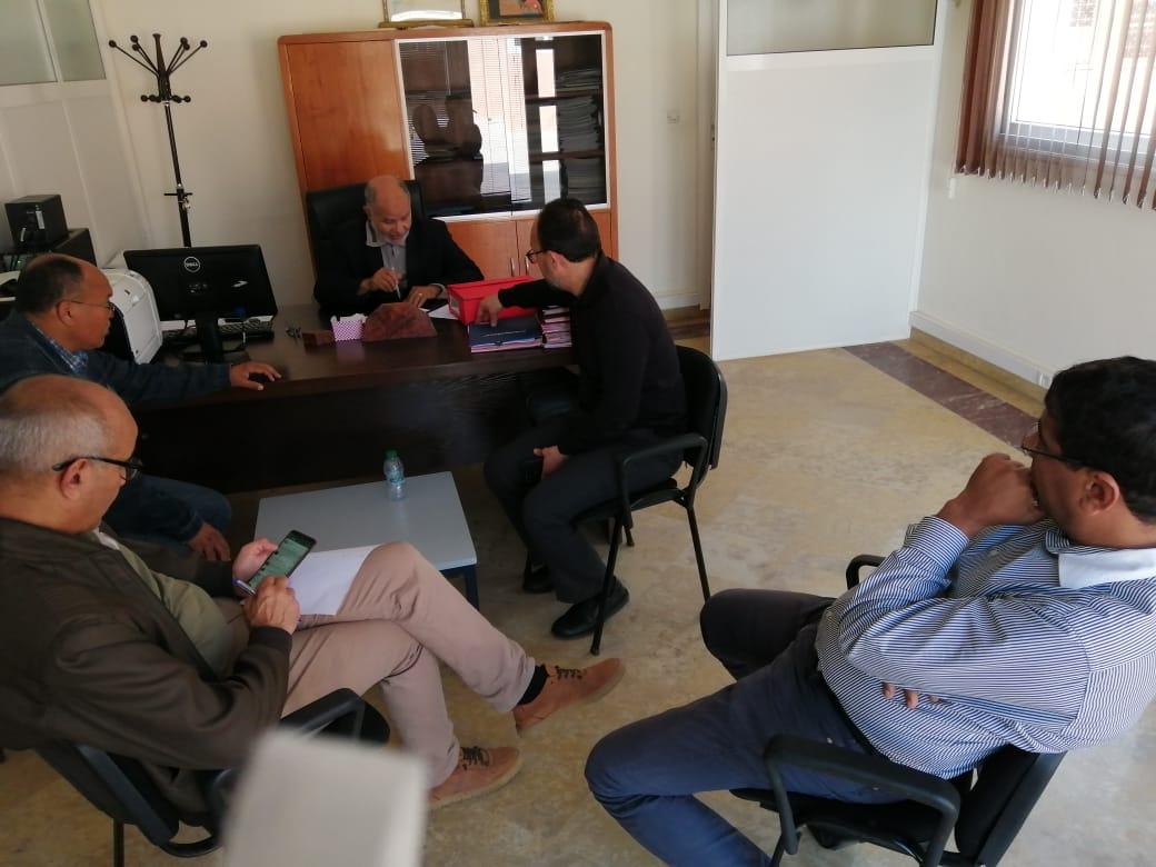 النائب الأول لرئيس جماعة أيت ملول يعقد إجتماعاً لمدارسة مختلف تدابير التعقيم بالفضاءات العمومية